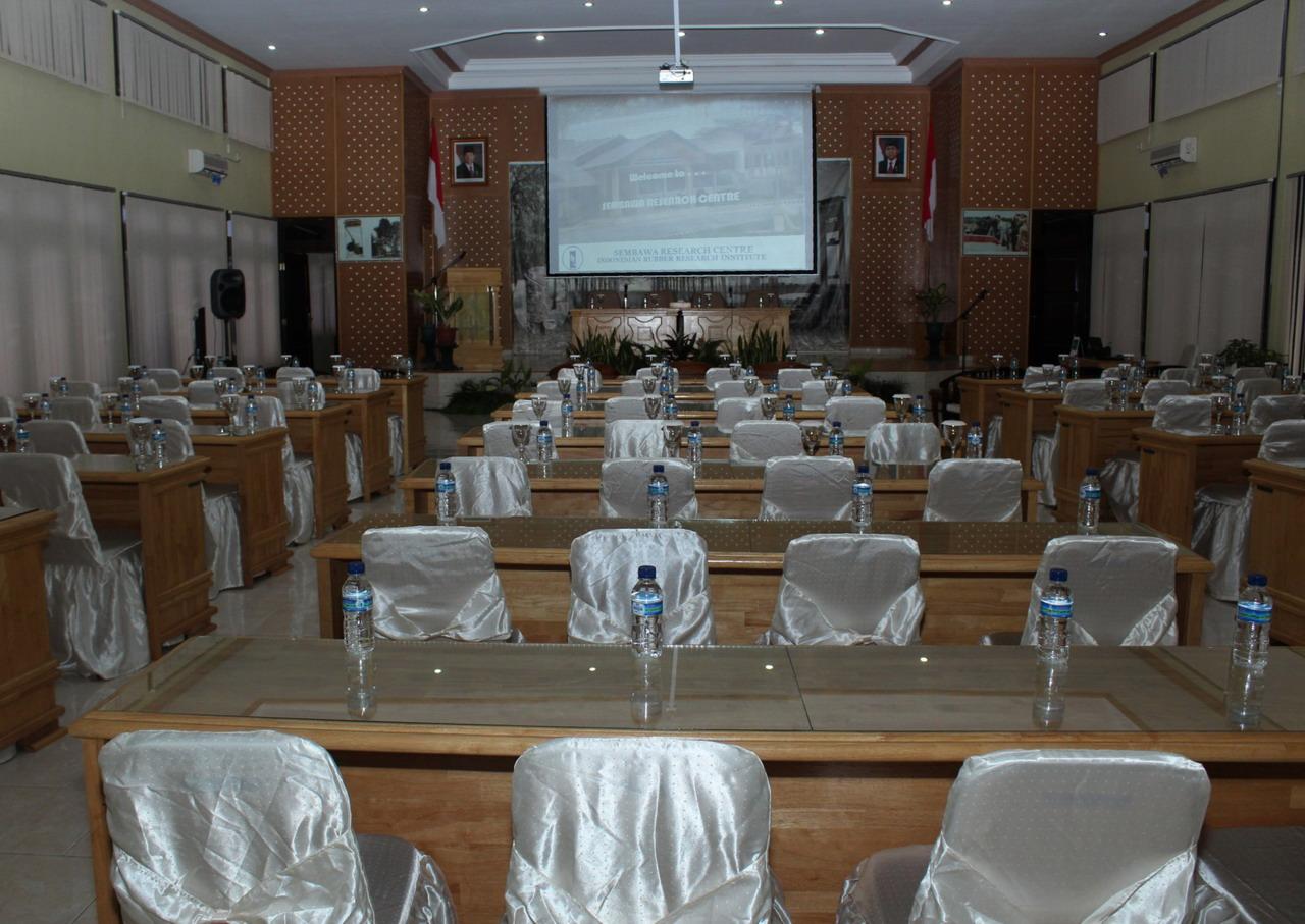 Meeting Room ( 100 Orang )